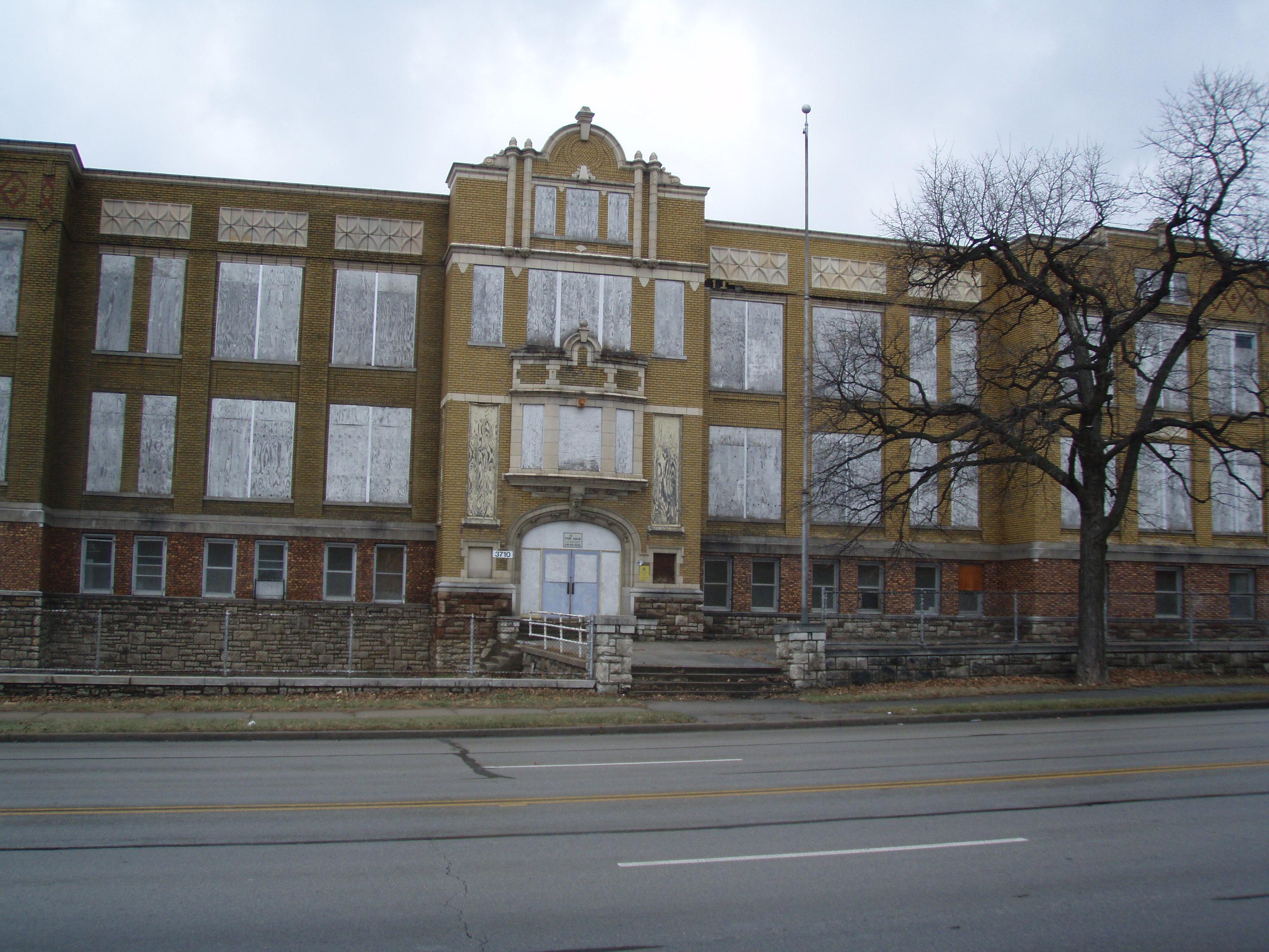 Toellner Tells It Old School