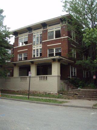 Arkansas and half a house 065