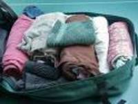 Packed_suitecase_2