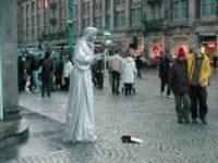 Street_performers